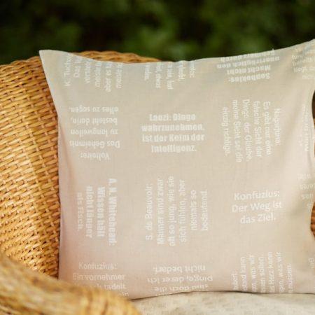 Zierkissen | Zitate Philosophen | verum textilia